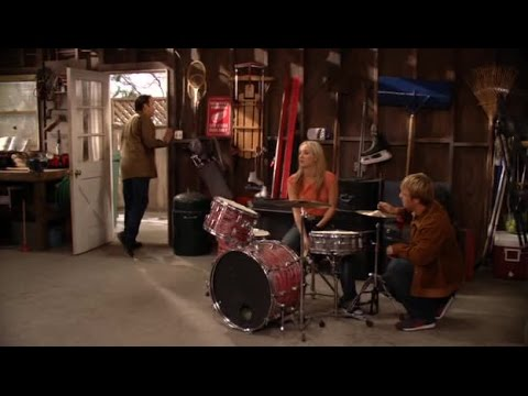 8 Simple Rules... for Dating My Teenage Daughter Sea1Epis17 - Drummer Boy: Part 1