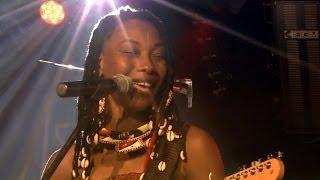 Fatoumata Diawara * Bakonoba, Alama .... / Live A38 Budapest 2014