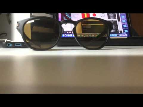 Review Latch in MATTE BLACK : BRONZE POLARIZED l Oakley
