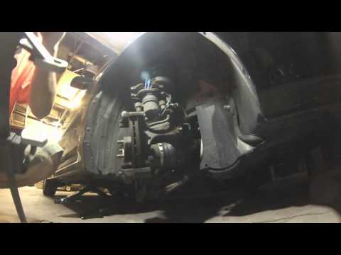 How to change Front Brake Pads on a Mazda 3 2007