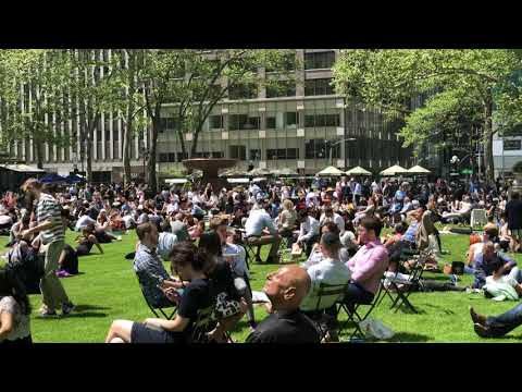 packed Bryant Park and juggling, New York (5-8-18)