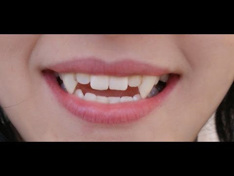 HOW TO MAKE FANGS IN LESS THAN 30 SECONDS - USING ONLY GUM -