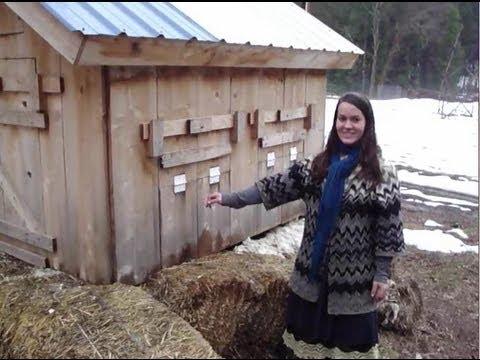 2 winter chicken coop / shelters