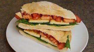 Sanduíche Vegano De Tofu Com Hummus!