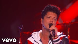 Download Bruno Mars - That's What I Like (LIVE from the 59th GRAMMYs) Video