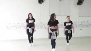 #x202b;رقص بنات على مهرجان اوكا واورتيجا العب يلا جديد و لا تنسى الاعجاب والاشتراك في القناه#x202c;lrm;