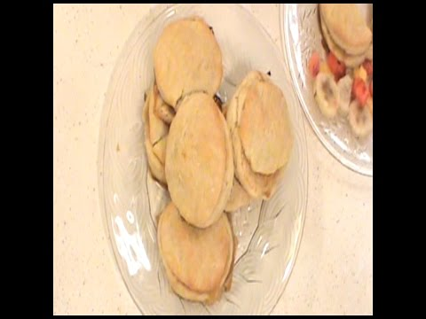 01. How to make: Apple Filled Biscuits