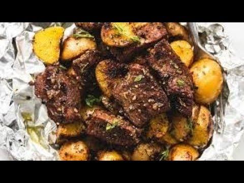 Garlic steak with foil potato's