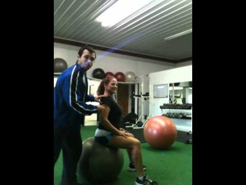 Selecting the Proper Size Exercise Ball, Good Exercise Ball Posture, Small Trunk Rotations