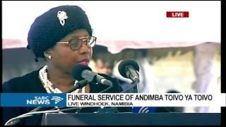 Minister Ayanda Dlodlo presents Pres Zuma
