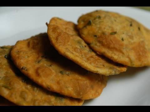 Methi Puri (Fenugreek)- Recipe By Master Chef Sanjeev Kapoor