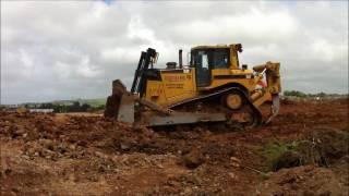 Caterpillar D8 T bulldozer