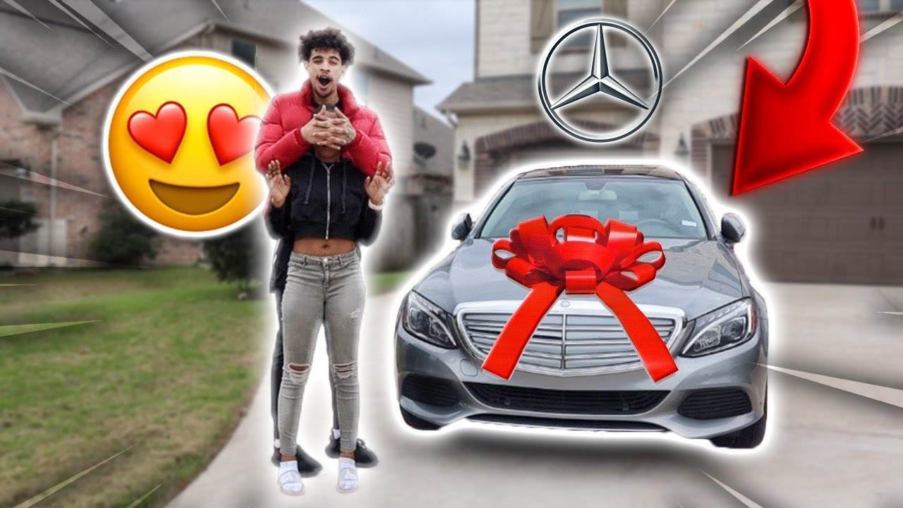SURPRISING MY GIRLFRIEND WITH HER DREAM CAR!!!