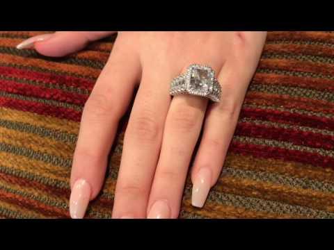 High quality Radiant Cubic Zirconia Halo styel engagement ring |14K white gold