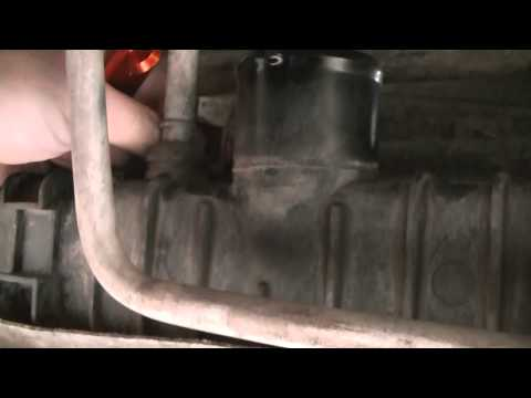 Oil Cooler Replacement (4): Removing Radiator From 2005 Ford F250 6.0L PSD