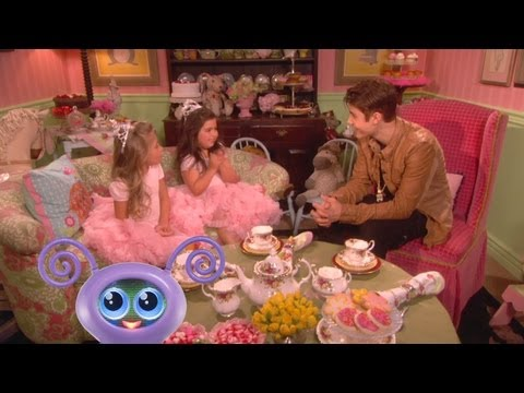 Sophia Grace & Rosie Do Tea with Justin Bieber!