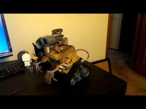 ez-robot Custom wall-e robot