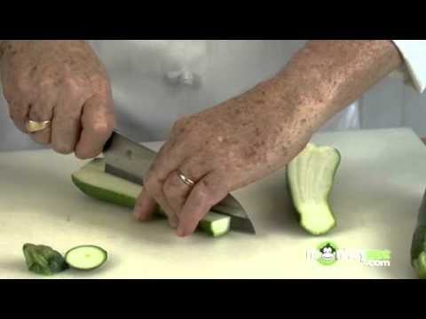 How To Slice and Chunk Zucchini