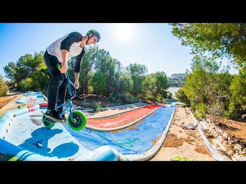 FULL SPEED WATERPARK HILLBOMB ON A MINI BMX!