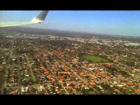 Sydney to Perth flight: pilot stuffed the landing