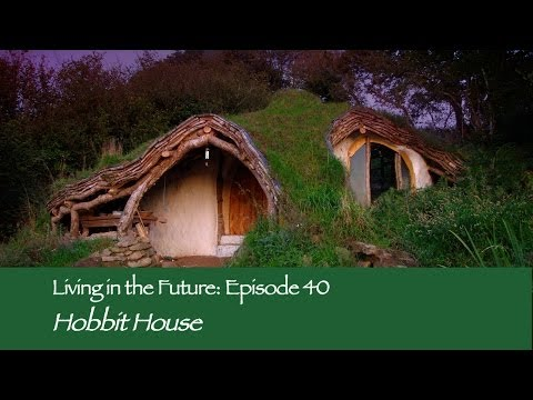 £3,000 Hobbit House by Simon Dale