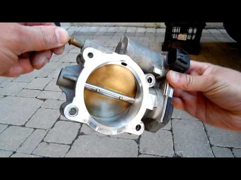 How To Clean Throttle Body - Hummer H3, Chevrolet Colorado, GMC Canyon