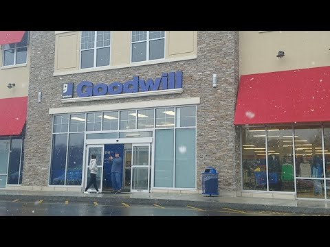 Goodwill Thrifting LIVE! Brand NEW Goodwill