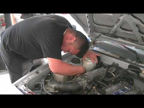AE86 Squirter Nozzle Adjustment plus Succesful revamp of the full wiper system.