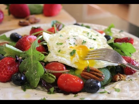 Breakfast Salad for Health and Weight Loss. Start Your Bikini Body for Summer Now!
