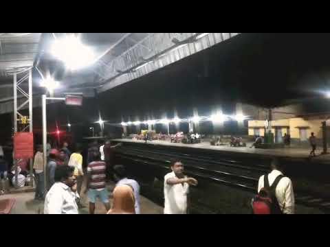Puri to Ahmadabad | ఇంజిన్ లేకుండా 20km వెళ్ళిపోయిన ట్రైన్ | Exclusive  | Lifetv Telugu
