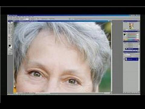 Photoshop Tutorial : How to Use a Smudge Tool in Adobe Photoshop CS2