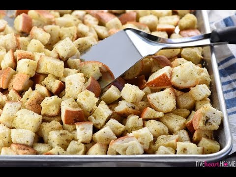 CHILLI GARLIC CROUTONS RECIPE | AARTI'S KITCHEN