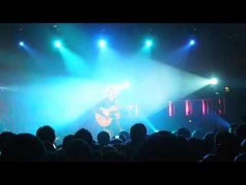 Bohemian Rhapsody Cover - Newton Faulkner (Live in Belfast)