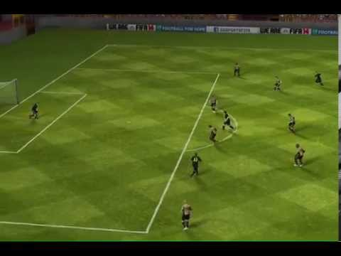 Fifa 14 Messi misses open goal