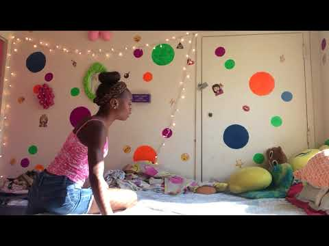 Pee in the bed prank on tutes