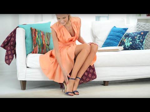 Apply Airbrush Legs Leg Makeup Spray Tutorial | Sally Hansen