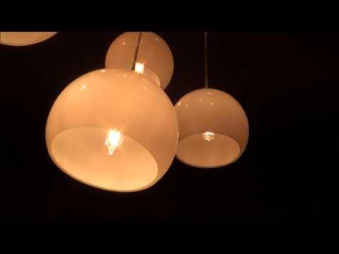 LIGHT BULB HACK. How to FIX a broken light bulb.