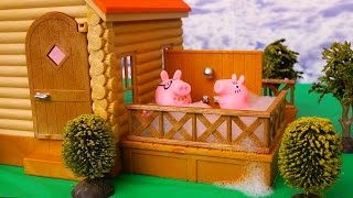 Peppa Pig Stories For Kids With Toys & Dolls - Peppa's Family Moves to a New House - Kid-friendly