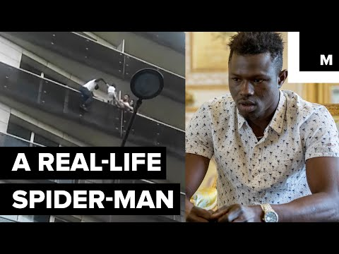 It Took 30 Seconds for This Superhero to save a Little Boy Dangling from a Building