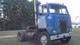 GMC Crackerbox 671 detroit diesel 10 spd, running through the gears