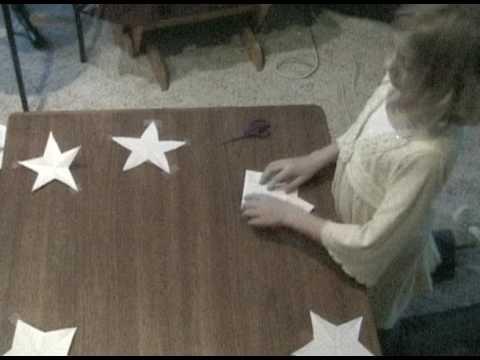 Single-Snip Paper Star Creation - Betsy Ross method