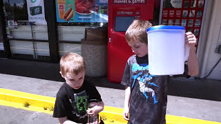 Bring Your Own Cup to 7-11 for a Slurpee!! 7-11 w/ Fidget Spinner! #BYOC