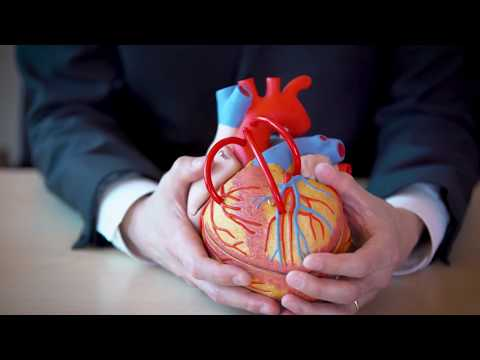 Mechanical vs. biologic heart valve replacements