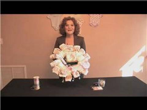 Baby Shower Craft Tips : How to Make a Diaper Wreath