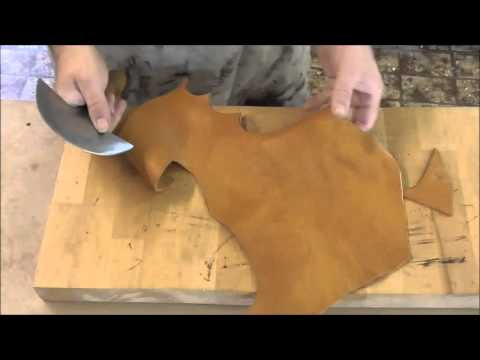 How to hold and use a round knife