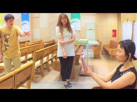 Does God heal eyes ? Water rash healed on video .