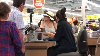 Paying for peoples groceries. Surprise reactions! - @herediahouse