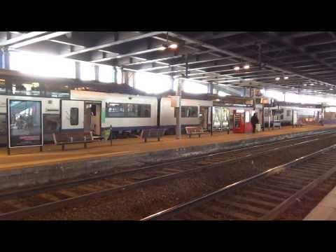 Train Express Régional (TER) à la gare de Cannes (Cannes la Bocca-Vintimille)