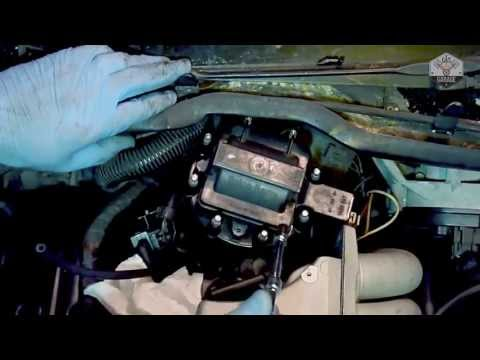 How To Change A Distributor Cap & Rotor Cap On A Corvette C4