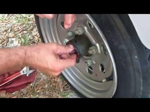 Replace Wheel Bearings In A trailer Hub.